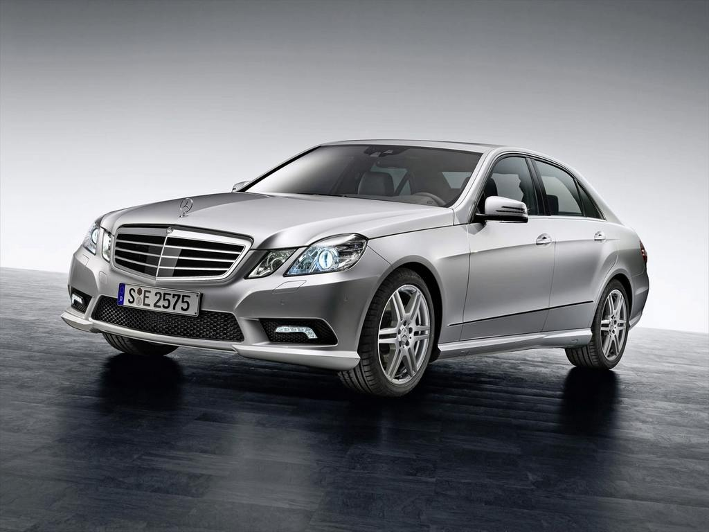 2010-mercedes-benz-e-class-sedan_14